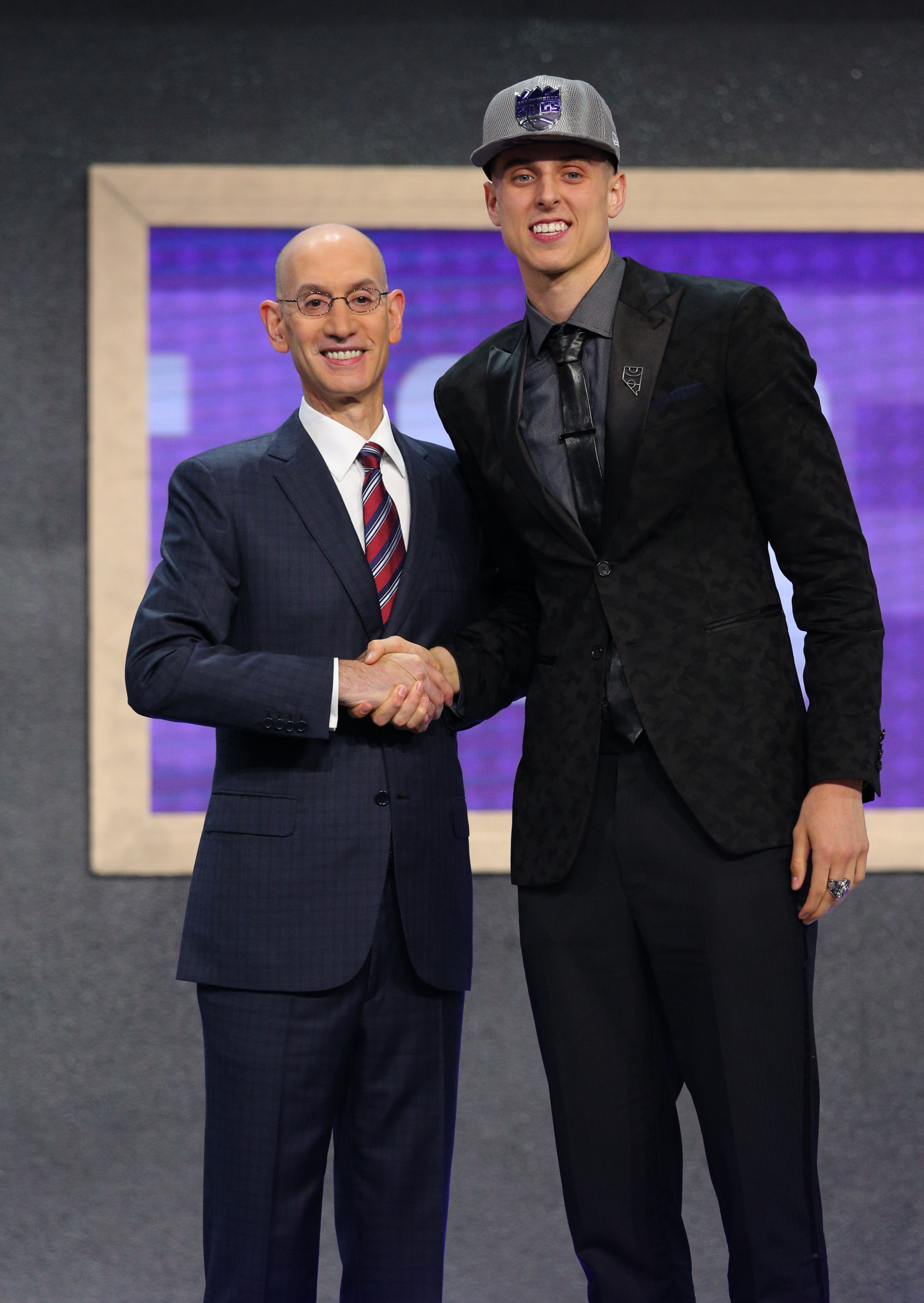 6a15d9a23ca Collins Drafted 10th by Sacramento  Traded to Portland - Gonzaga ...